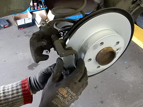Austausch einer Bremsscheibe